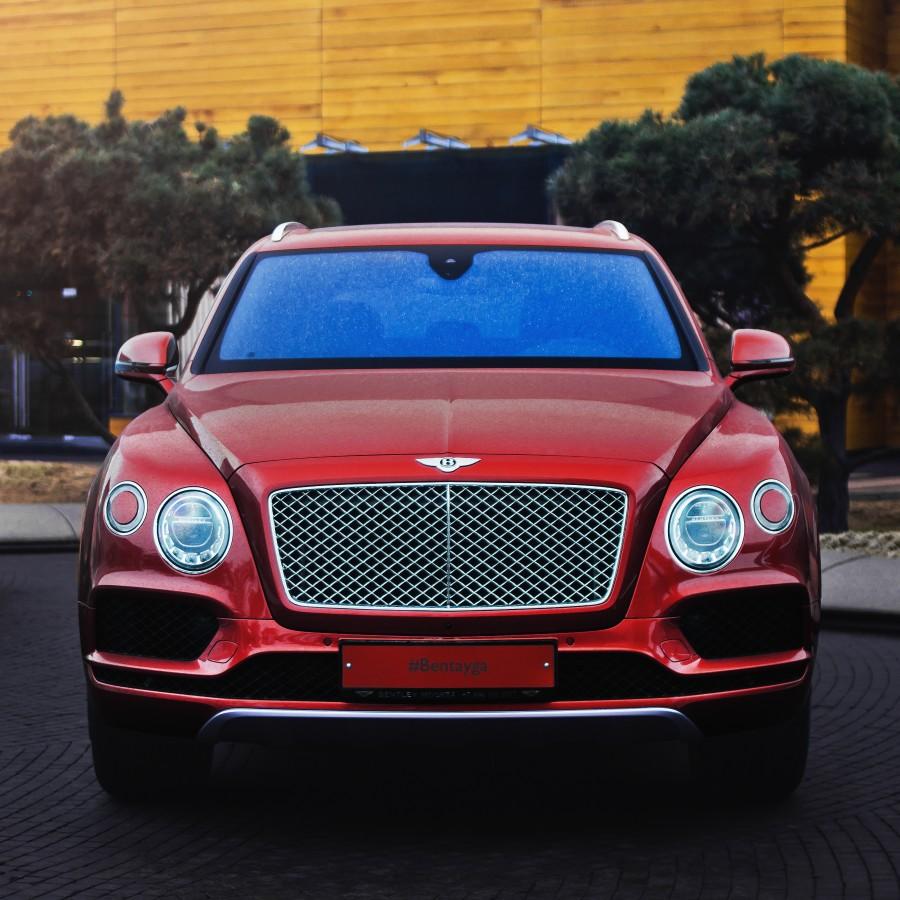 ИСТИННО ВАШ BENTLEY BENTAYGA - изображение -----------red на Bentleymoscow.ru!