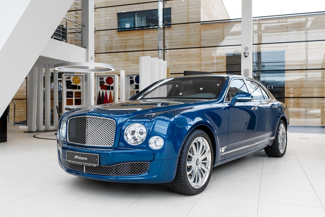 Bentley Flying Spur V8S Design Series by Mulliner - изображение 010418Mercury_Auto_051 на Bentleymoscow.ru!