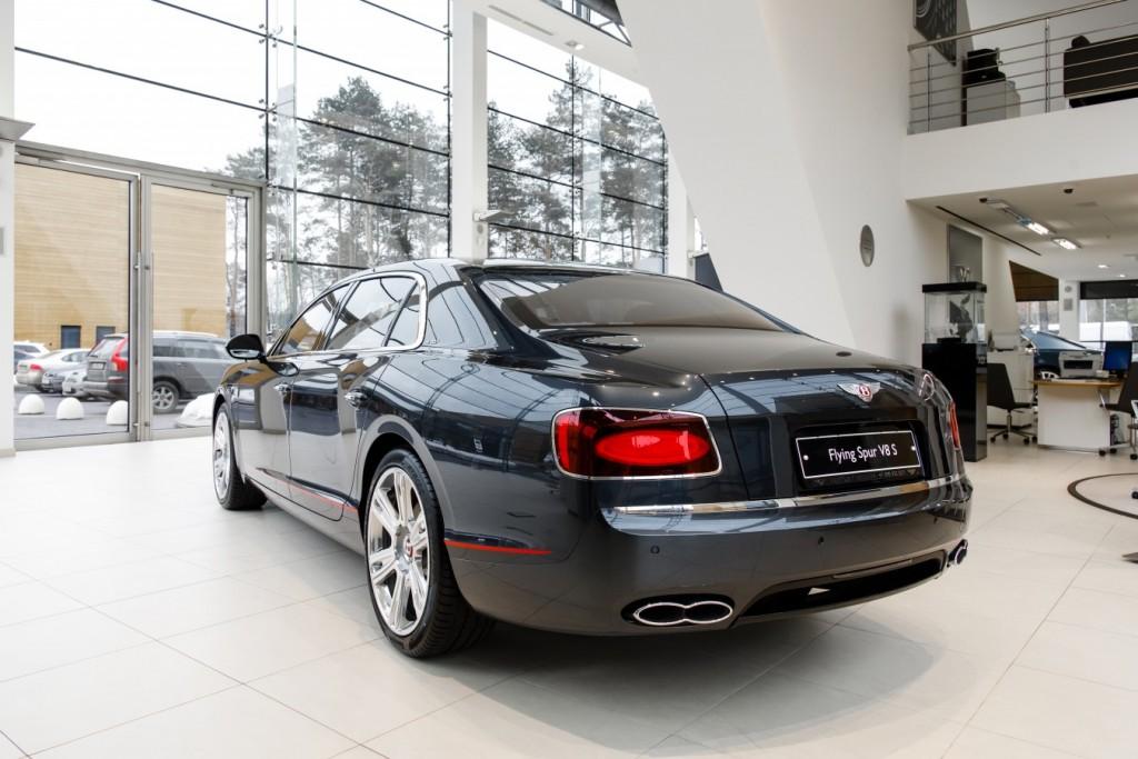 Bentley Flying Spur V8S Design Series by Mulliner - изображение 010418Mercury_Auto_107-1024x683 на Bentleymoscow.ru!