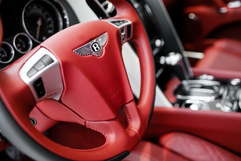 Bentley Flying Spur V8S Design Series by Mulliner - изображение 010418Mercury_Auto_113-1024x683 на Bentleymoscow.ru!
