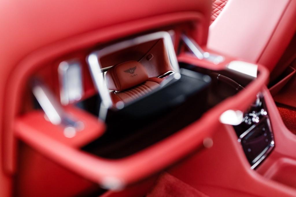 Bentley Flying Spur V8S Design Series by Mulliner - изображение 010418Mercury_Auto_115-1024x683 на Bentleymoscow.ru!