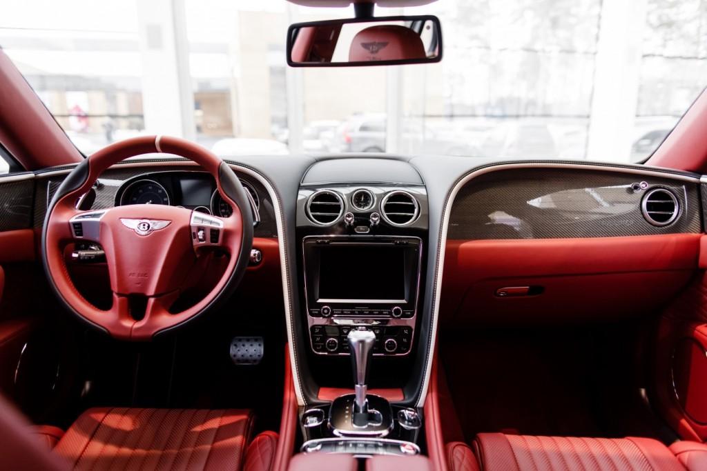 Bentley Flying Spur V8S Design Series by Mulliner - изображение 010418Mercury_Auto_126-1024x683 на Bentleymoscow.ru!
