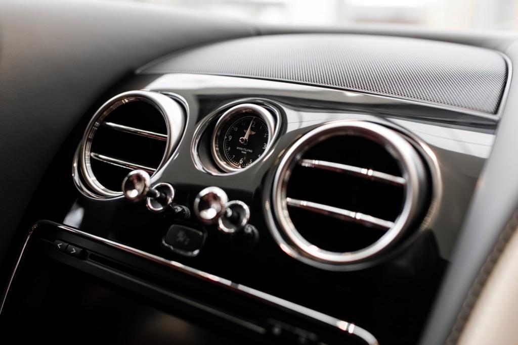 Bentley Flying Spur V8S Design Series by Mulliner - изображение 010418Mercury_Auto_129-1024x683 на Bentleymoscow.ru!