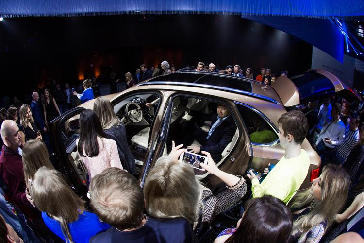 ЭКСТРАОРДИНАРНАЯ ПРЕЗЕНТАЦИЯ BENTLEY BENTAYGA В КОНЦЕРТНОМ ЗАЛЕ «БАРВИХА LUXURY VILLAGE» - изображение 022 на Bentleymoscow.ru!