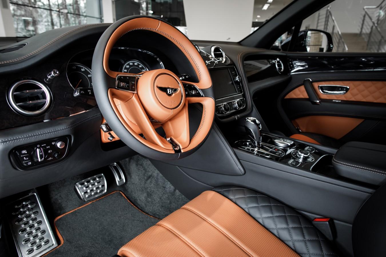 Bentley Flying Spur V8S Design Series by Mulliner - изображение 080218Bentley_063 на Bentleymoscow.ru!