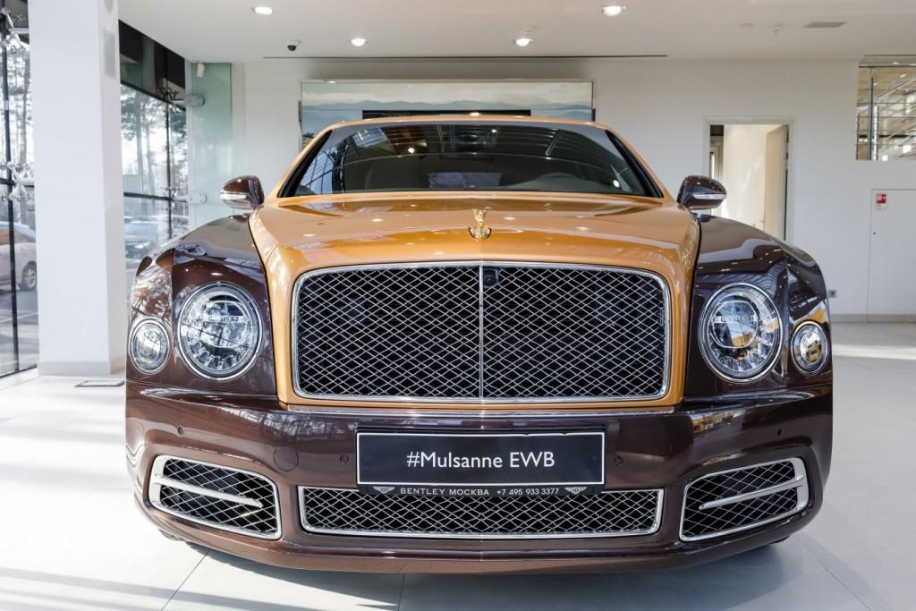 Bentley Mulsanne EWB Hallmark Edition Gold Pack - изображение 091117Bentley_002-1024x683 на Bentleymoscow.ru!