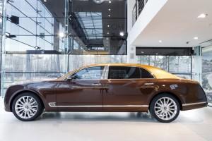 Bentley Mulsanne EWB Hallmark Edition Gold Pack - изображение 091117Bentley_006-300x200 на Bentleymoscow.ru!