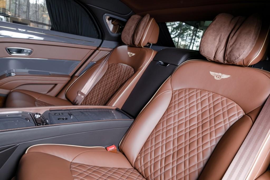 Bentley Mulsanne EWB Hallmark Edition Gold Pack - изображение 091117Bentley_012-1024x683 на Bentleymoscow.ru!