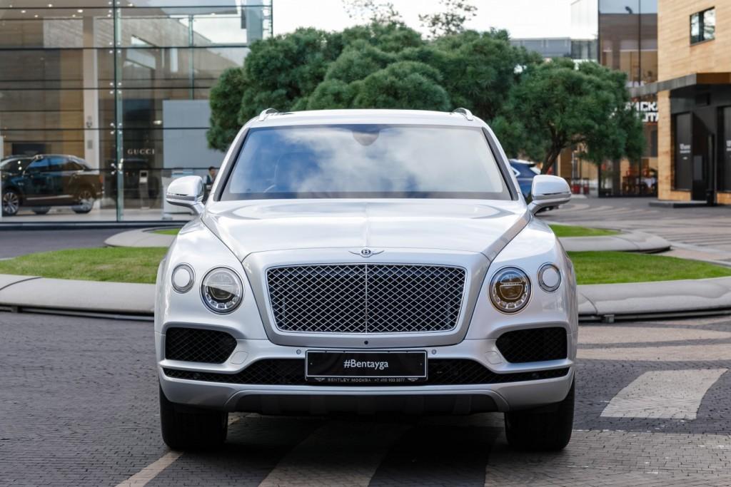 Bentley Bentayga Moonbeam - изображение 091117Bentley_029-1024x683 на Bentleymoscow.ru!