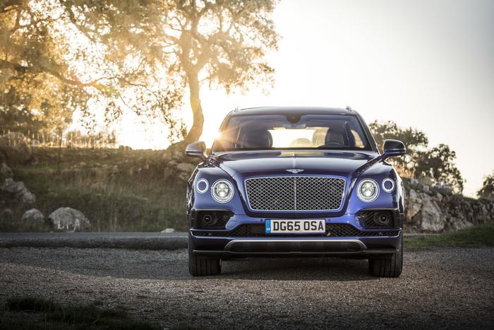 ПЕРВЫЙ ВНЕДОРОЖНИК BENTLEY BENTAYGA УЖЕ В САЛОНАХ - изображение 115 на Bentleymoscow.ru!
