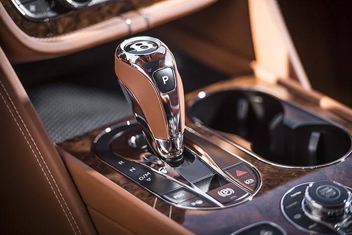 РОССИЙСКАЯ ПРЕМЬЕРА BENTAYGA В «BENTLEY МОСКВА» - изображение 18 на Bentleymoscow.ru!