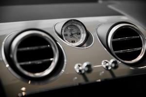 Bentley Bentayga Silver Frost Edition - изображение 190718Bentley_3_009-300x200 на Bentleymoscow.ru!