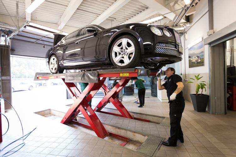 ТЕХНИЧЕСКИЙ ЭКСПЕРТ ИЗ ВЕЛИКОБРИТАНИИ - ТОЛЬКО 3 ДНЯ В BENTLEY МОСКВА! В РАМКАХ ПРОГРАММЫ SERVICE CLINIC. - изображение 26 на Bentleymoscow.ru!