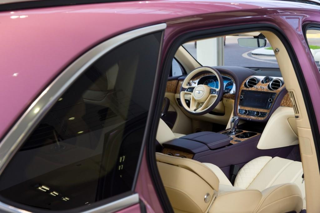 Bentley Bentayga Passion Pink - изображение AR1X7866-1024x683 на Bentleymoscow.ru!
