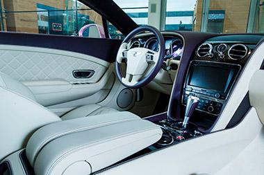 Bentley Bentayga Peacock - изображение BENTLEY-CONTINENTAL-GT-V8 на Bentleymoscow.ru!