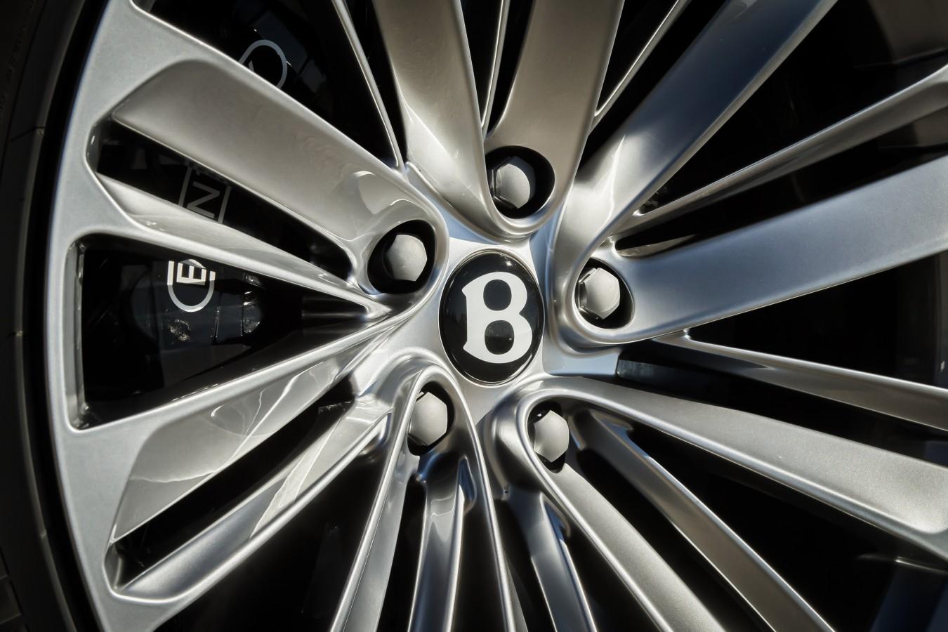 НОВЫЙ BENTLEY BENTAYGA SPEED - изображение Bentayga-Speed-11 на Bentleymoscow.ru!