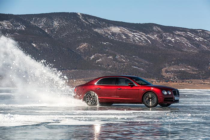 БЕСПЛАТНЫЙ ДИАГНОСТИЧЕСКИЙ ОСМОТР BENTLEY - изображение Bentley-Flying-Spur-V8-Dynamics-on-Baikal-Ice на Bentleymoscow.ru!