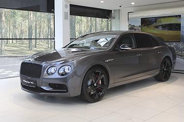 Ваш новый Bentley от 255 000 руб.* в месяц по программе лизинга от «Bentley Москва» и «Bentley Санкт-Петербург» - изображение Bentley-Flying-Spur-W12S- на Bentleymoscow.ru!