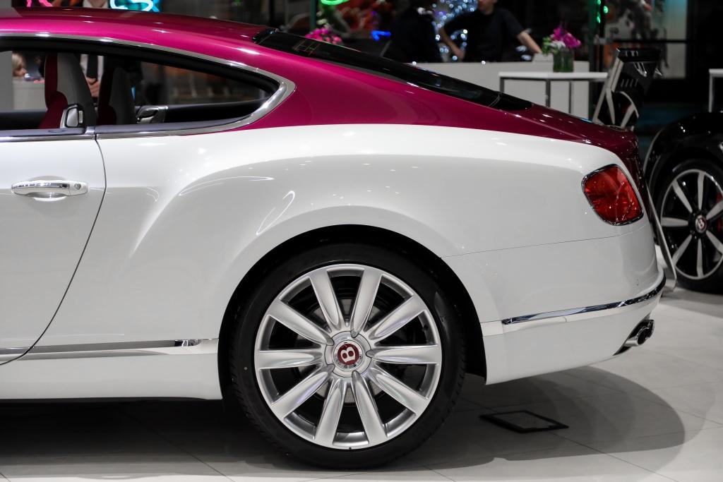 УНИКАЛЬНЫЙ BENTLEY CONTINENTAL GT V8             MAGENTA EDITION - изображение IMG-051 на Bentleymoscow.ru!