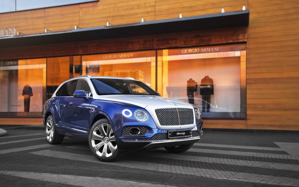Bentley Bentayga Mulliner Moonbeam over Moroccan Blue - изображение IMG_01111-1024x640 на Bentleymoscow.ru!