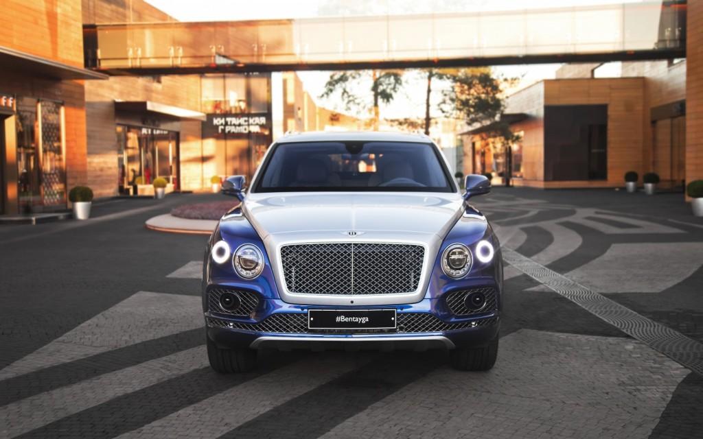 Bentley Bentayga Mulliner Moonbeam over Moroccan Blue - изображение IMG_0136-21-1024x640 на Bentleymoscow.ru!