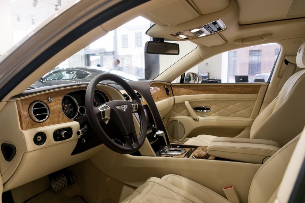 Bentley Flying Spur - изображение IMG_2649-1024x683 на Bentleymoscow.ru!