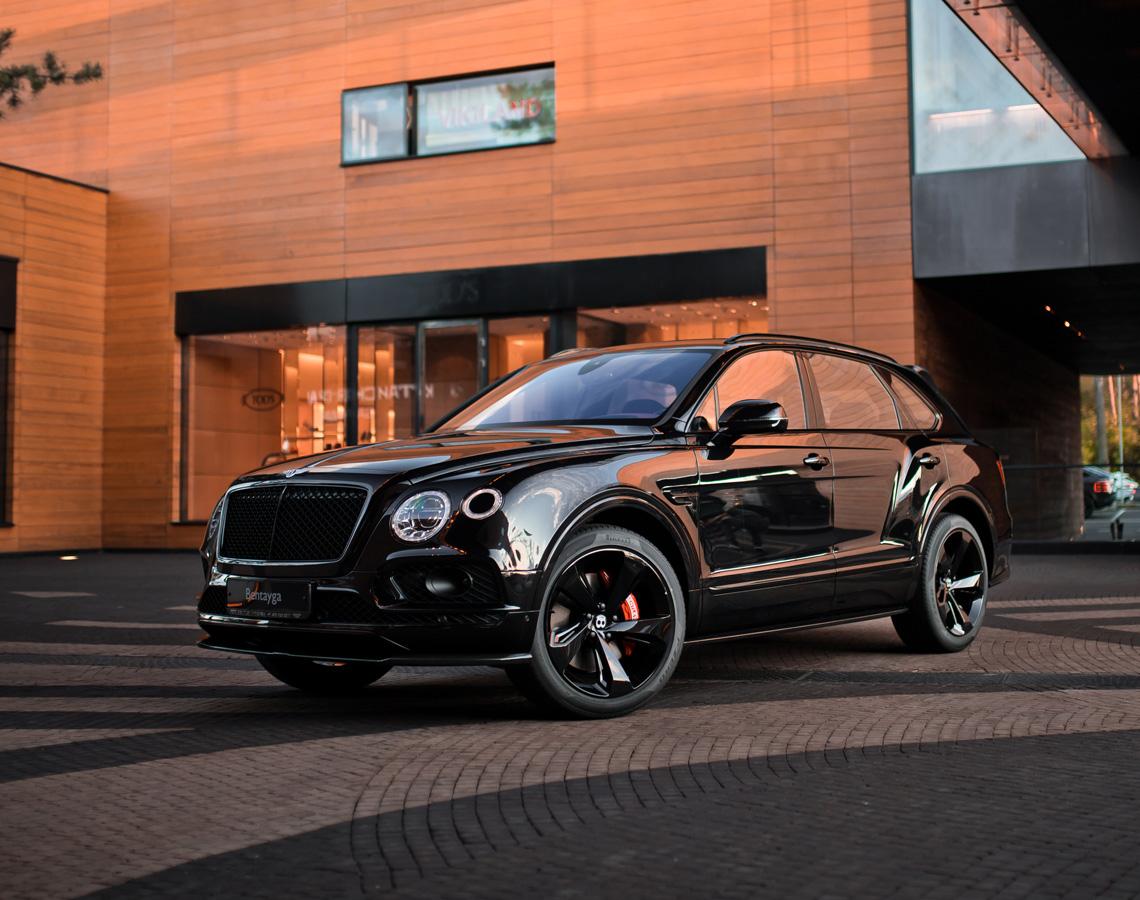 Bentley Bentayga Cricket Ball - изображение IMG_3291-2_1140x900 на Bentleymoscow.ru!