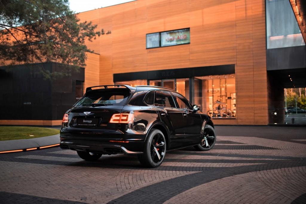 Bentley Bentayga Onyx Beluga - изображение IMG_3300_s-1024x683 на Bentleymoscow.ru!