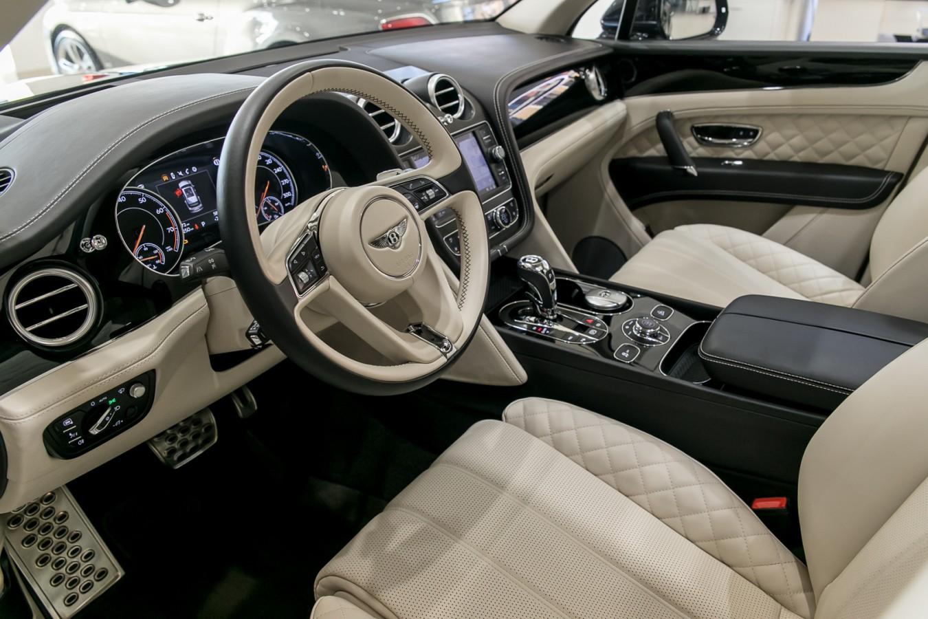 8 марта (м) - изображение IMG_3501 на Bentleymoscow.ru!