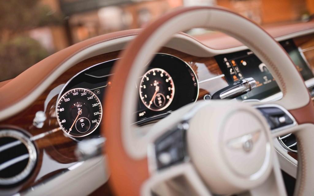 Bentley New Continental GTС First Edition - изображение IMG_9346-1024x640 на Bentleymoscow.ru!