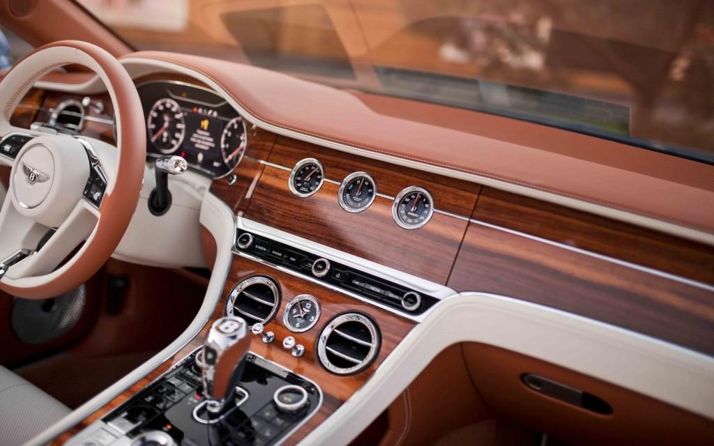 Bentley New Continental GTС First Edition - изображение IMG_9355-1024x640 на Bentleymoscow.ru!