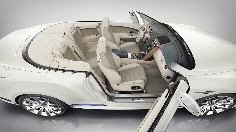 Уникальный кабриолет Galene Edition от Mulliner эксклюзивно для клиентов «Bentley Санкт-Петербург». - изображение Mulliner-GT-Convertible-V8-Galene-Edition-Interior_Inc_Facia на Bentleymoscow.ru!