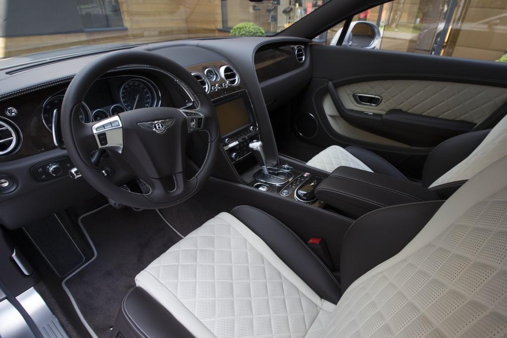 BENTLEY CONTINENTAL GT V8 EXTREME SILVER - изображение NICK1043-1024x683 на Bentleymoscow.ru!