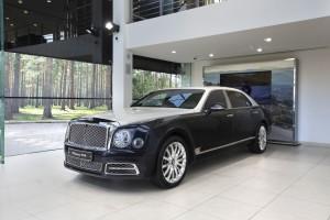 Bentley Mulsanne EWB Hallmark Silver Edition - изображение NICK7795_2-300x200 на Bentleymoscow.ru!