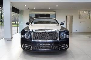 Bentley Mulsanne EWB Hallmark Silver Edition - изображение NICK7862_2-300x200 на Bentleymoscow.ru!