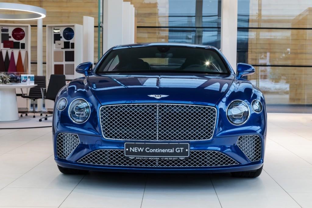 Bentley New Continental GT Sequin Blue - изображение SCBCA13S9KC071442_GT_SequinBlue-1-2-1024x683 на Bentleymoscow.ru!