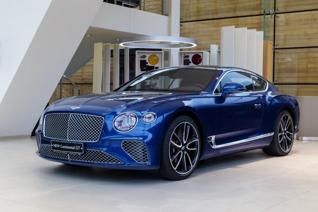 Bentley New Continental GT Sequin Blue - изображение SCBCA13S9KC071442_GT_SequinBlue-1-3-1024x683 на Bentleymoscow.ru!