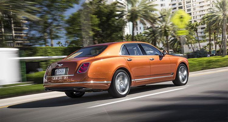 BENTLEY ОТ 6 990 000 РУБ.* В ЛИЗИНГ БЕЗ УДОРОЖАНИЯ - изображение lizing_1_2 на Bentleymoscow.ru!