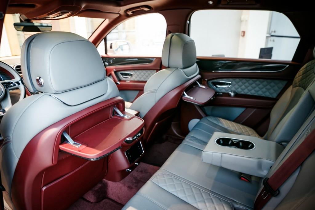 Bentley Bentayga Dove Grey - изображение photo-113-1024x683 на Bentleymoscow.ru!