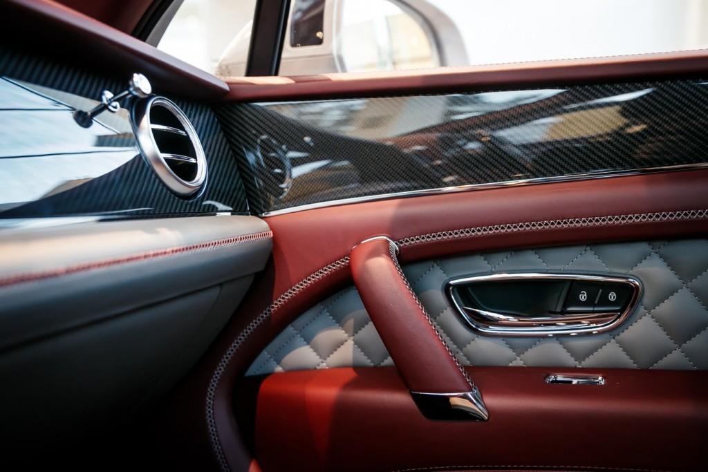 Bentley Bentayga Dove Grey - изображение photo-124-1024x683 на Bentleymoscow.ru!