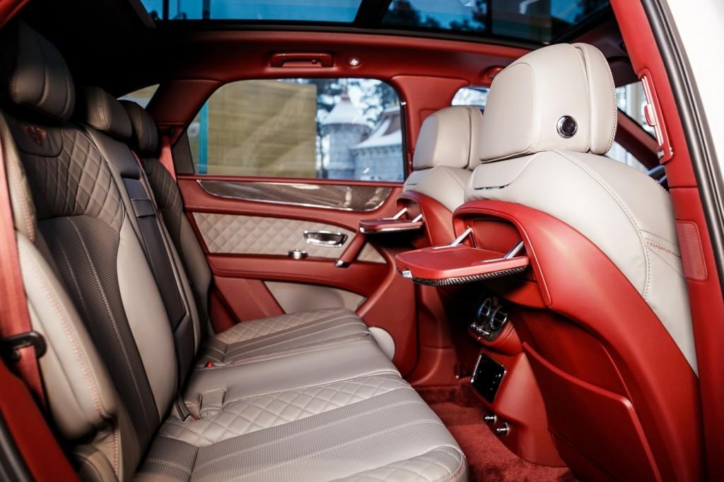 Bentley Bentayga Dove Grey - изображение photo-144-1024x683 на Bentleymoscow.ru!