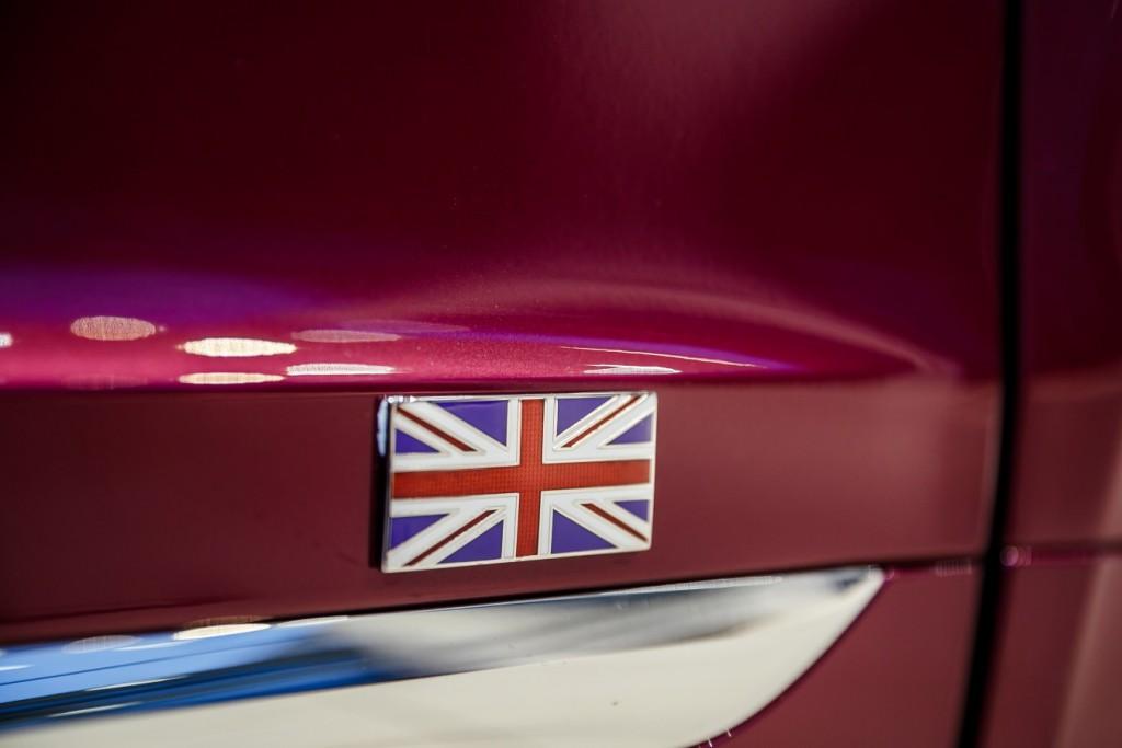 Bentley Bentayga Magenta - изображение photo-228-1024x683 на Bentleymoscow.ru!